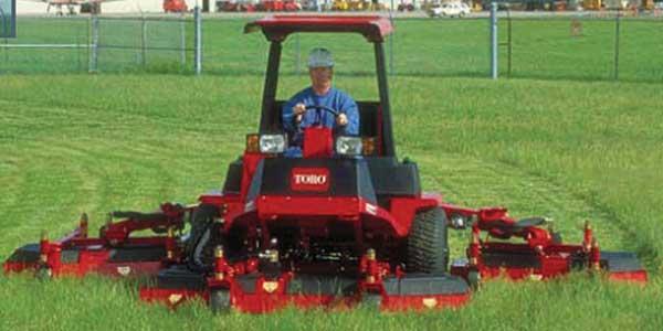 toro 5910 for acreage mowing